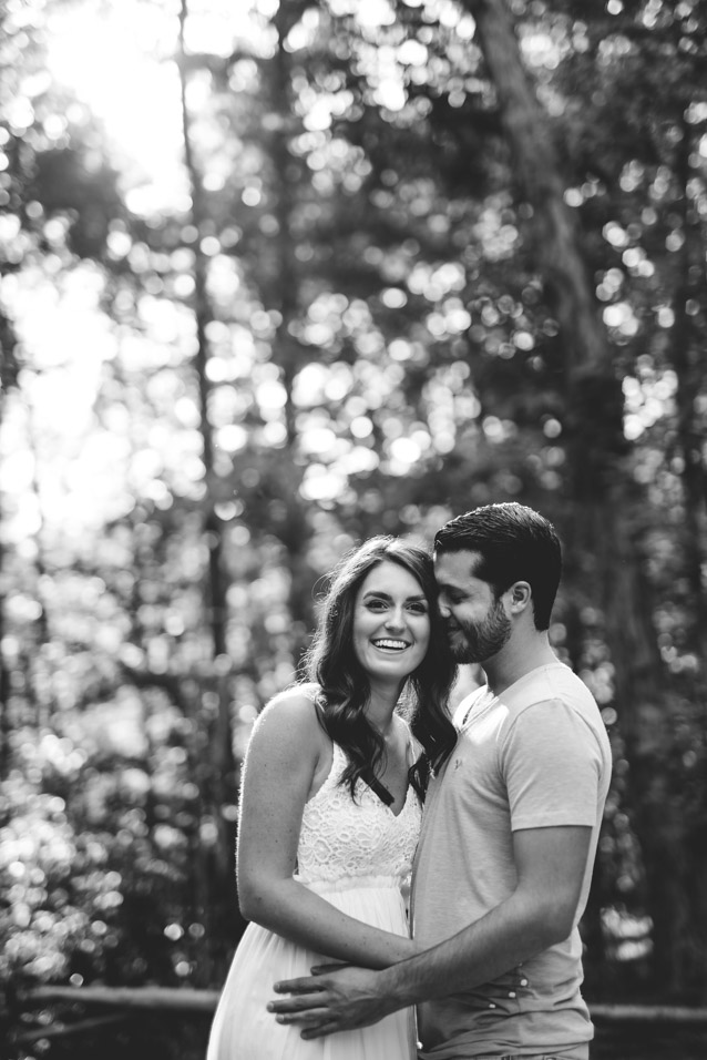Coonskin park engagement pictures