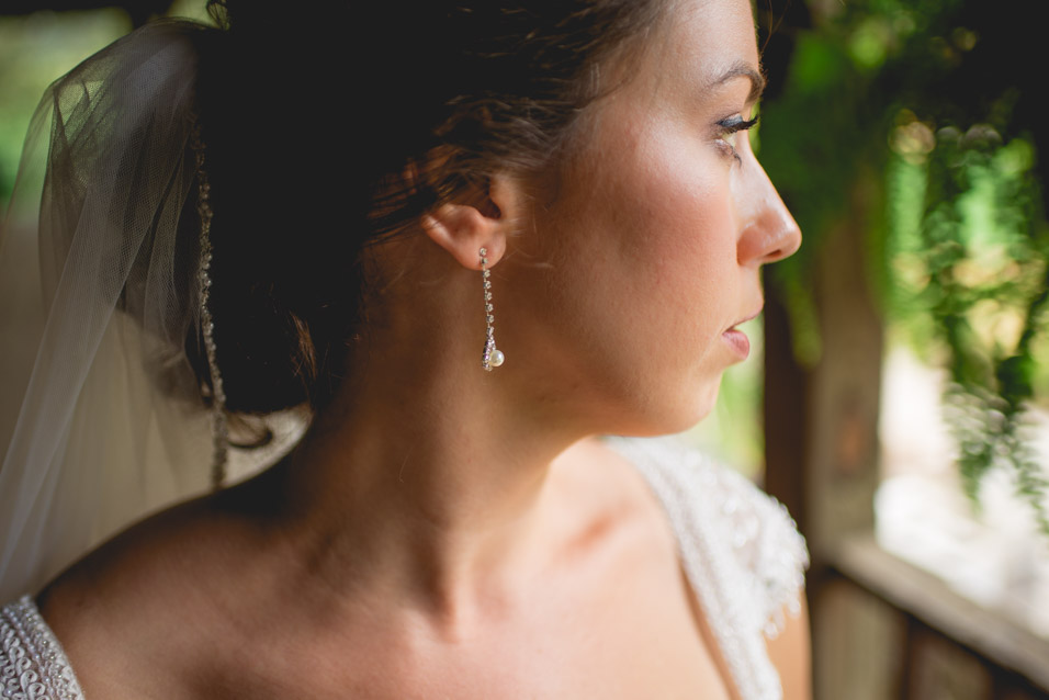 bride-getting-ready-at-jq-dickinson-salt-works