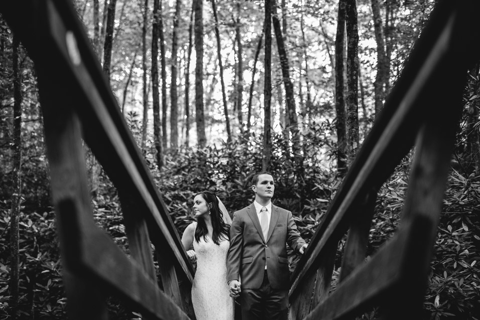 endless-wall-trail-elopement-photography