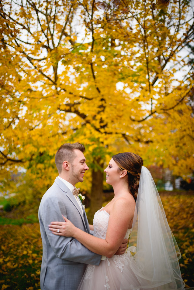 Maylon-House-Fall-Wedding