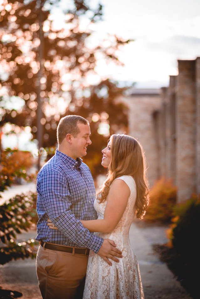 Downtown-Huntington-WV-Fall-Engagement-Photos