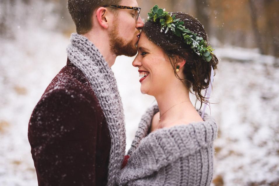 West-Virginia-Winter-Wedding-Coonskin-Park