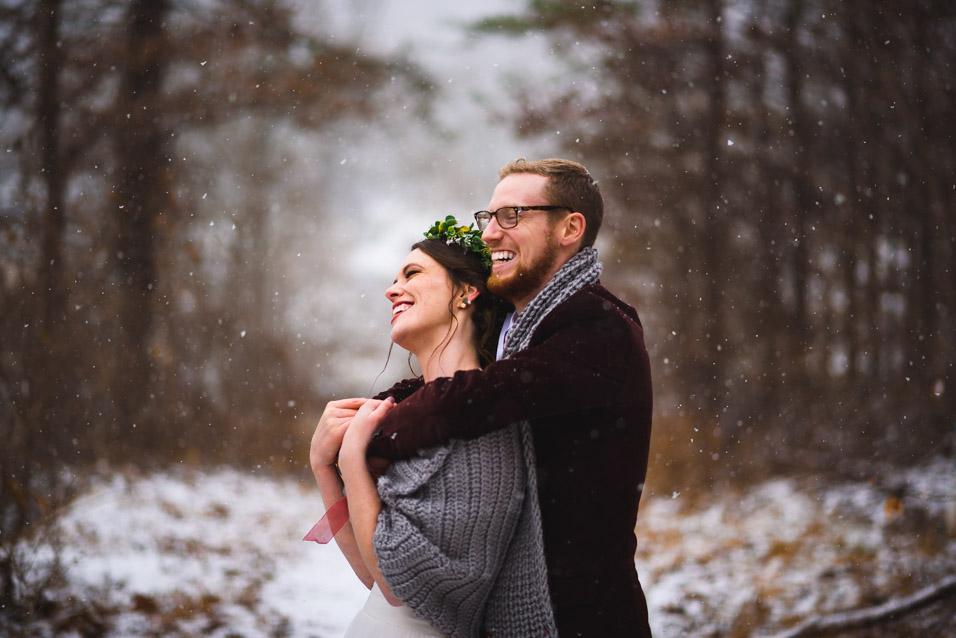 West-Virginia-Winter-Wedding-in-Snow