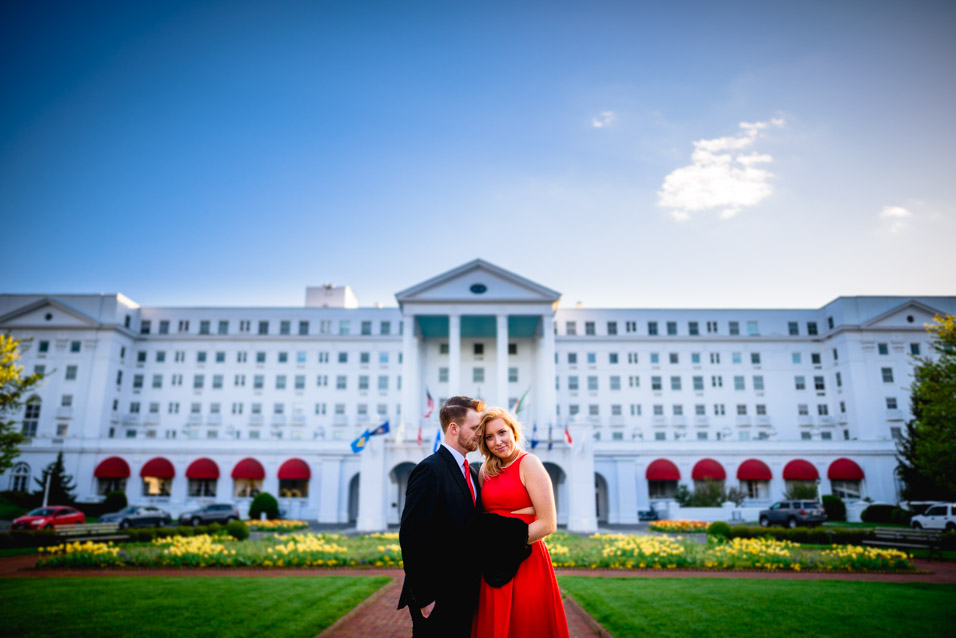 Engagement-Pictures-At-The-Greenbrier-Resort-Hotel
