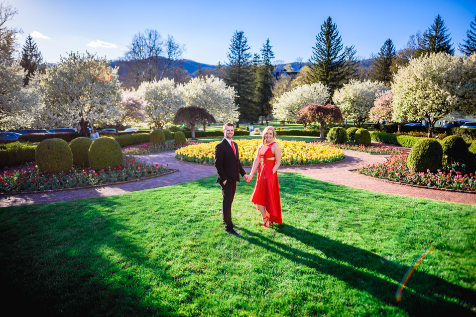 The-Greenbrier-Engagement-Photographer