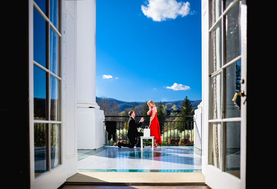 Greenbrier-Resort-Engagement-Pictures