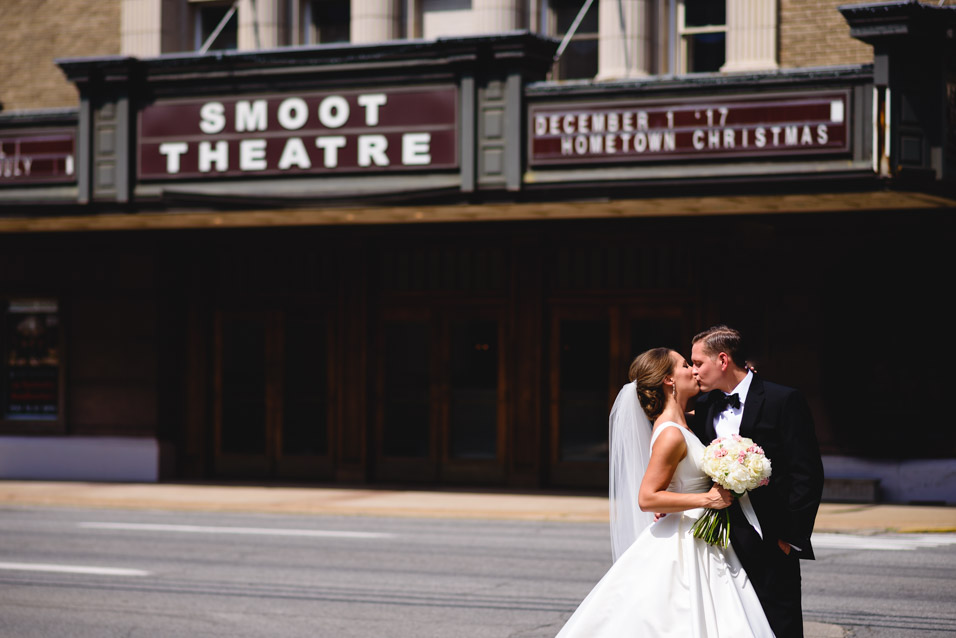 Smoot-Theatre-Parkersburg-WV-Wedding