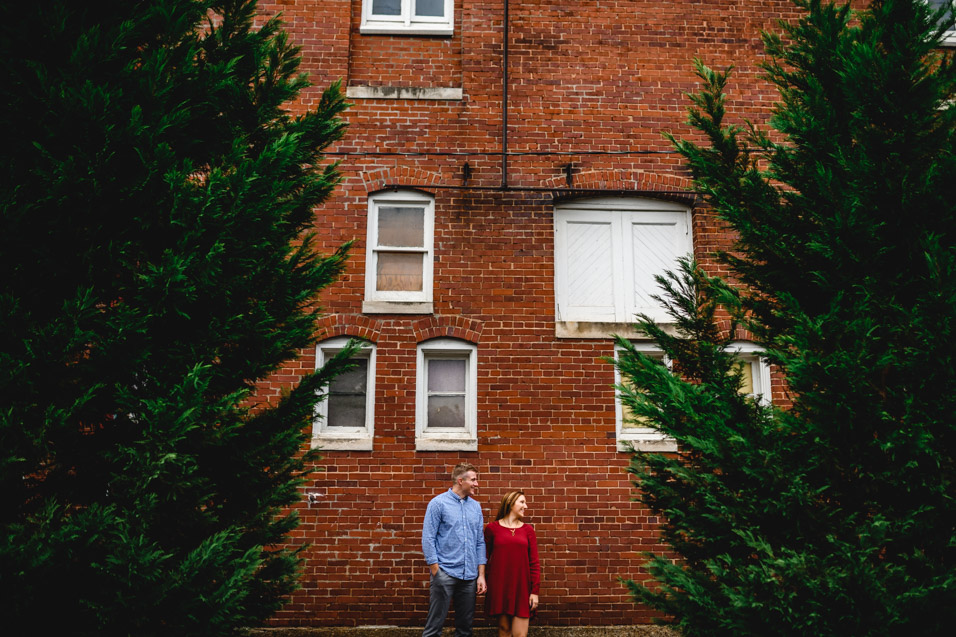 Marietta-OH-Engagement-Pictures