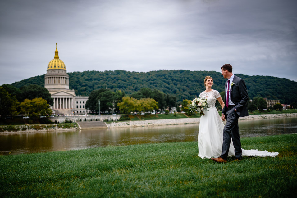 University-Of-Charleston-WV-Wedding-Pictures