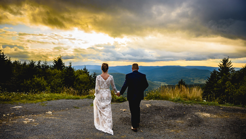 Snowshoe-Mountain-Resort-Wedding-Picture