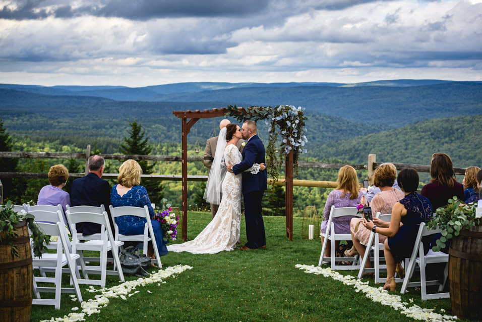 Snowshoe-Resort-Wedding